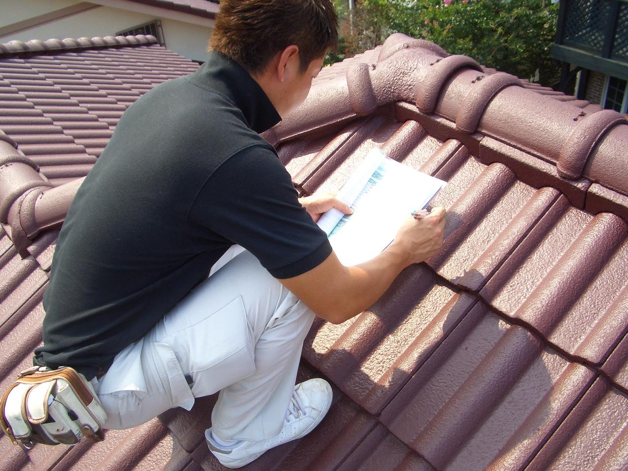 実は無知な業者も多い?パミール屋根の修理を依頼する業者の選び方